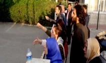Patlama sonrası aileler adli tıp önüne akın etti