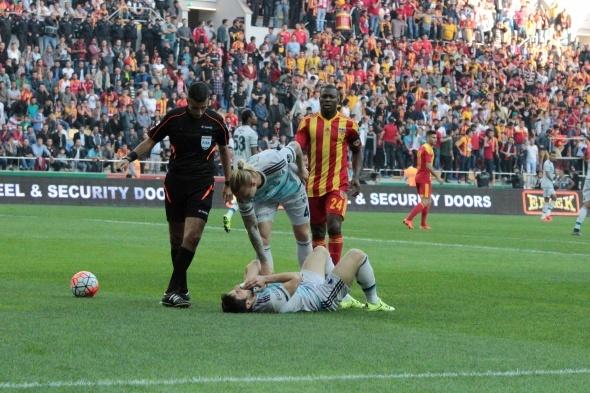Kayserispor-Fenerbahçe maçından kareler