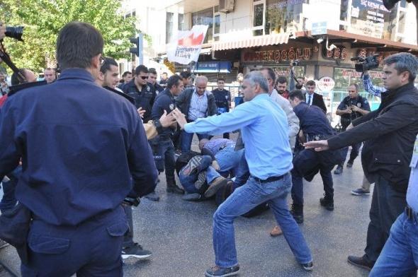 Kendisini aratmayan gruba polis müdahalesi: 10 gözaltı