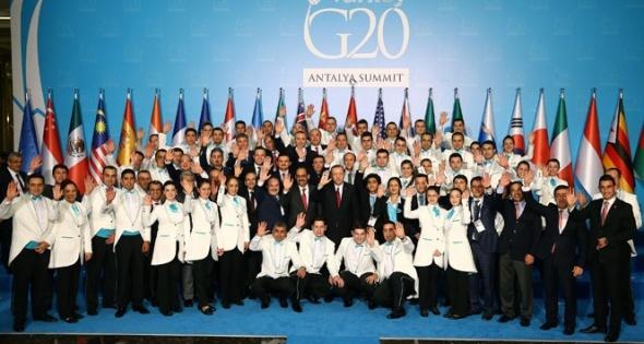 Erdoğan, Antalya'dan ayrılmadan önce personeli unutmadı