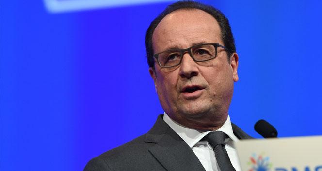 Hollande: Önümüzde uzun bir savaş var