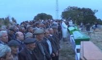 Kazada hayatını kaybeden 7 kişi yan yana toprağa verildi