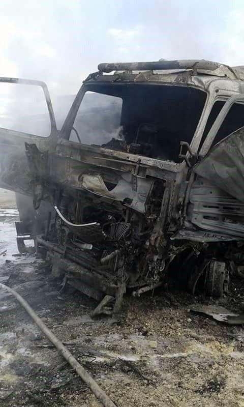 Rus uçakları çimento yüklü TIR'ları vurdu: 4 ölü, 6 yaralı