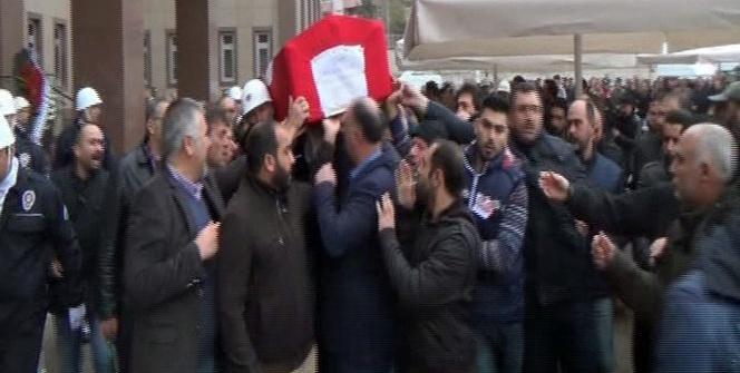 Şehit polis memurları memleketlerine uğurlandı