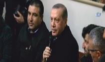 Erdoğan, kahvehanede vatandaşlarla sohbet etti
