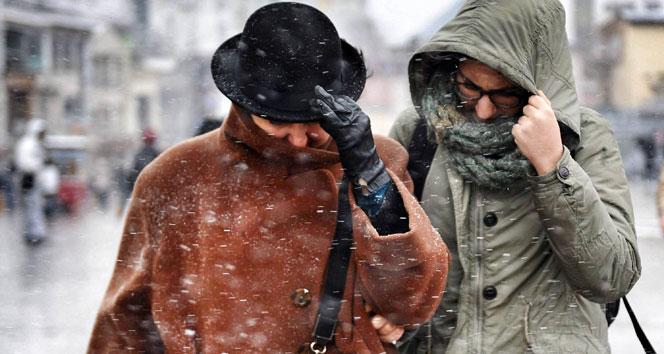 İstanbula kar ne zaman gelecek! Beklenen kar başladı mı?