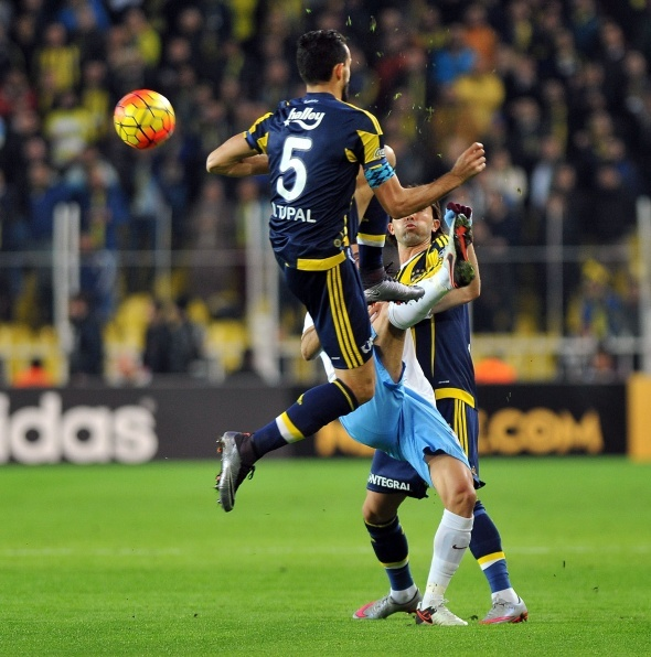 Zirvenin yeni sahibi Fenerbahçe!