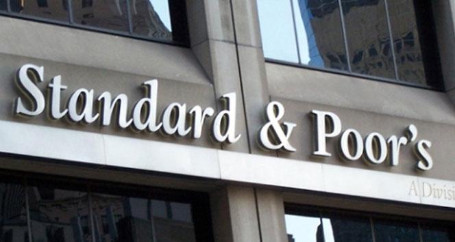 S&P Türkiyenin kredi görünümünü düşürdü