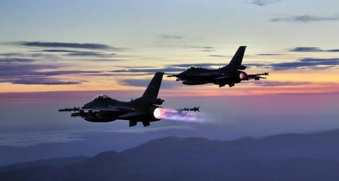 22 savaş uçağı PKKya bomba yağdırdı!