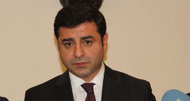 HDP Eş Genel Başkanı Selahattin Demirtaş hakim karşısında