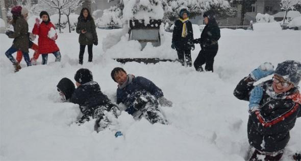 Kar en çok çocuklara yaradı