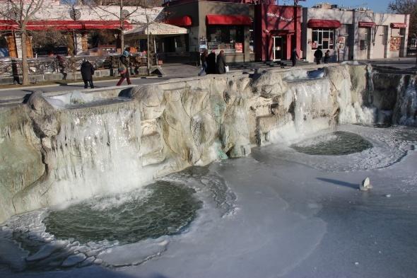 Konya buz tuttu