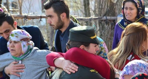 Sur'da yaralanan asker şehit oldu