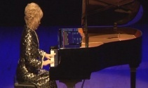 Gülsin Onay'dan unutulmaz piyano resitali