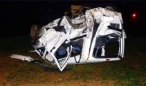 Korkunç kazada motor, asfaltta kaldı