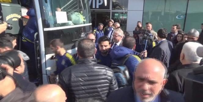 Fenerbahçe kafilesi güvenlik önlemleriyle Diyarbakır'da
