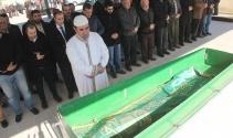 Annesi 'Garam' bebeğin cenazesini bırakıp gitti