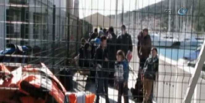 Sığınmacılar bir bota 94 kişi bindi