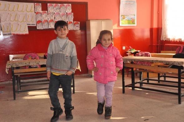 Hülya öğretmenin Bitlis Kids'i fenomen oldu
