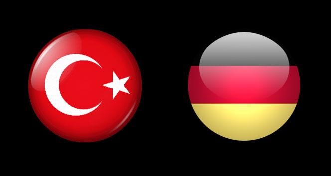 Almanya Türkiye ilişkileri G20yi bekliyor