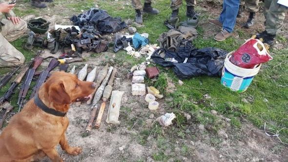 Silopi'de çok sayıda silah ve mühimmat ele geçirildi