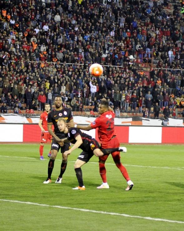 Eskişehirspor Galatasaray maç fotoğrafları