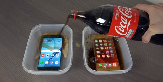 Samsung ve iPhone kolada dondurulursa