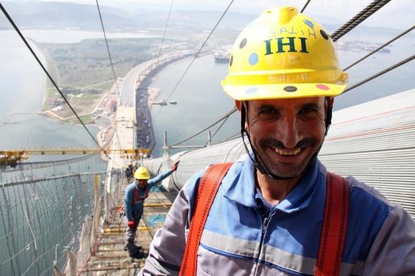 Körfez Geçiş Köprüsü'nde iki yakanın birleşmesine 340 metre kaldı