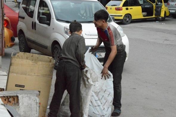 Çocuk işçiler bayramı çalışarak geçirdi