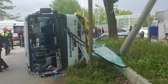 Şoför hayatını kaybetti, 10 yaralı