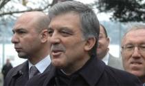 Gül, AK Parti'deki 'kurultay' tartışmalarına sessiz kaldı