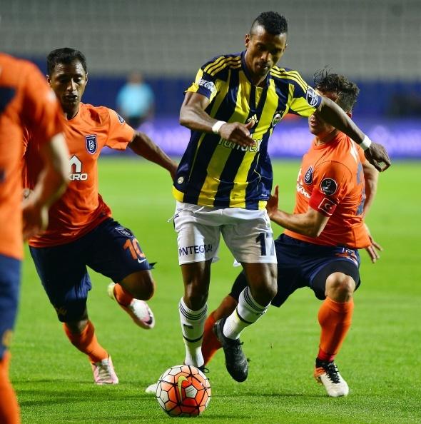 Medipol Başakşehir 2 Fenerbahçe 1 (Maç özeti)