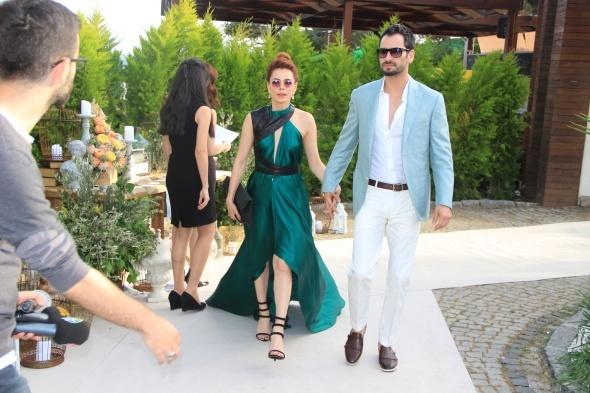 Kenan İmirzalıoğlu ve Sinem Kobal'ın düğünü başladı