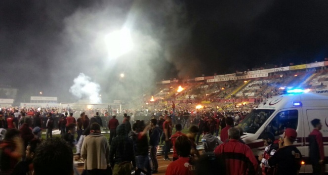 Eskişehirde maç sonu ortalık karıştı