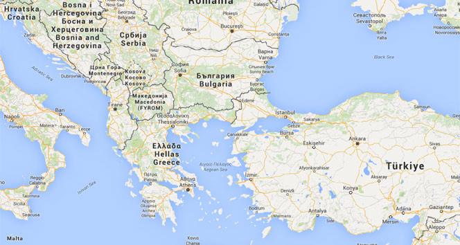Yunan polisinden Makedonya sınırındaki 8 bin mülteciyi tahliye şoku