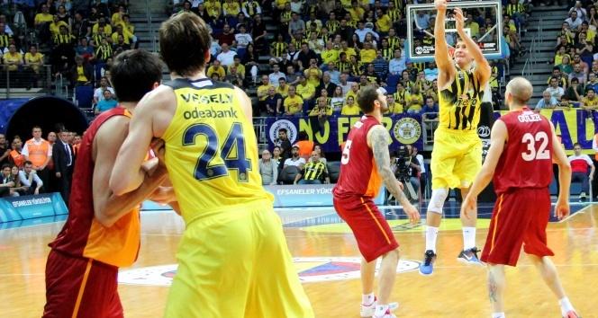 Derbi Fenerbahçenin!