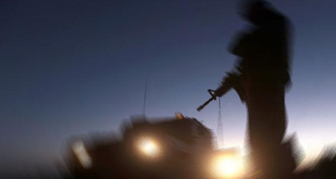 Kulpta bomba yüklü araçla saldırı: 5 korucu yaralı