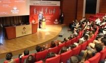 Geleceğin diplomatları 'Türkiye'de ve dünyada mülteci sorununu' tartıştı