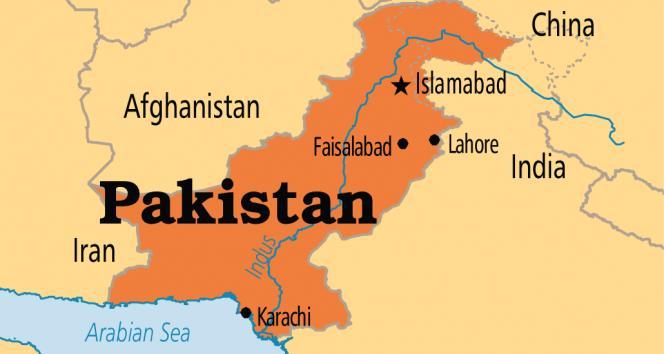 Pakistanda bombalı saldırı: 15 ölü, 30 yaralı
