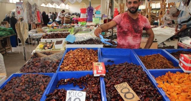 Ramazanda yoğun ilgi yine hurmada