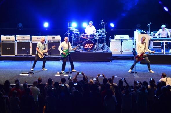 Efsane grup Status Quo'nun muhteşem konseri