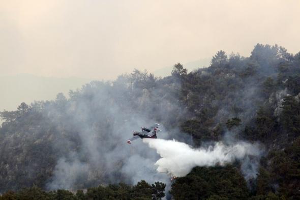 Kumluca'daki yangın durdurulamıyor
