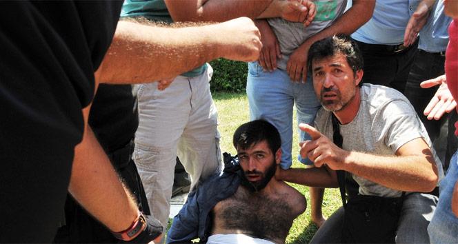 Camideki eylemcinin üzerinden el yapımı bomba çıktı