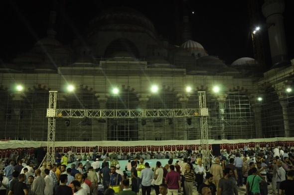 Çamlıca Cami'nde ilk namaz kılındı