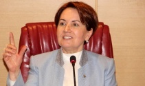 Meral Akşenere balkondan evet protestosu
