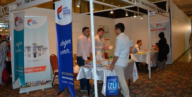 FSMVÜ, Tercih Fuarı'nda öğrencilerle buluştu