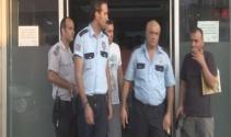 İzmirde polislere operasyon