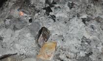 FETÖnün yüzlerce kitabı ormanlık alanda ateşe verildi