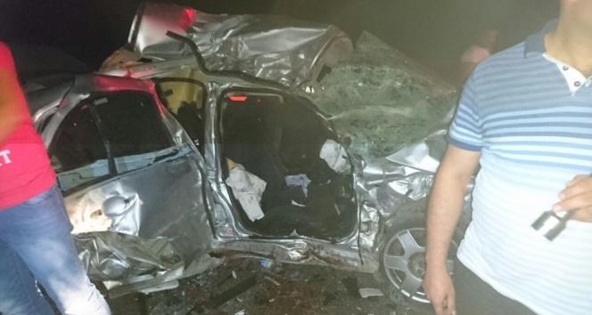 Afyonkarahisarda feci kaza: 4 ölü, 1 yaralı