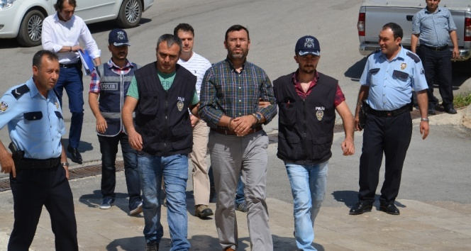 Darbecilerin sıkıyönetim komutanı tutuklandı
